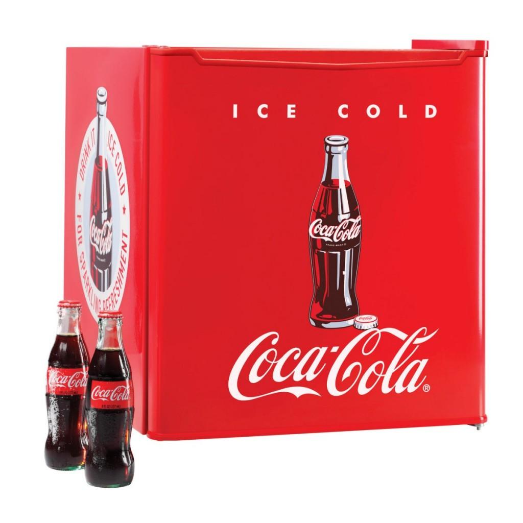 Kleiner Kühlschrank: Amazon.com: koolatron kwc 4 coca cola ...